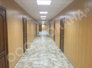 укладка керамогранита в коридоре